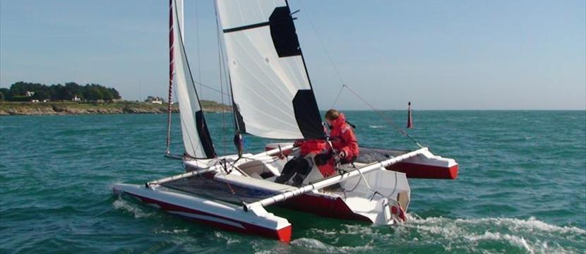 Trimarans - Astus 20.5 22 & 24 day boats